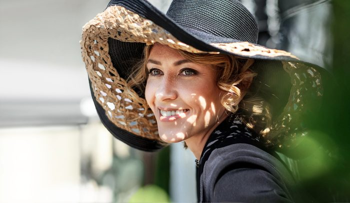 better vision_woman with sun hat