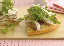 potato-pizza-with-chicken-and-arugula