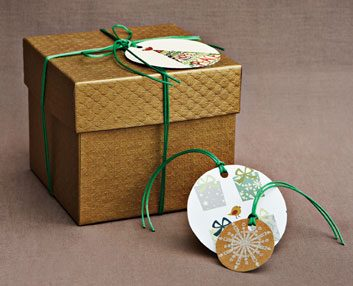 The holiday card gift wrap