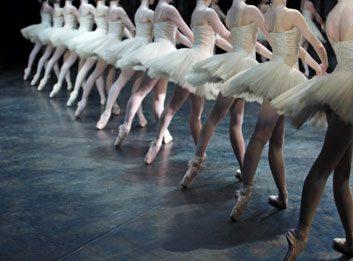 ballet dancers large