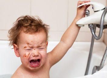 babyinbathtubcrying