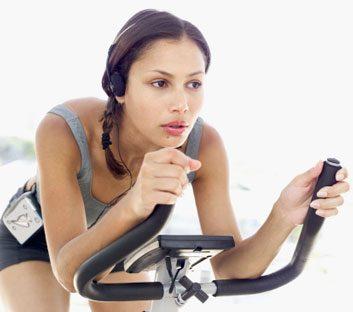 cyclingbikingfitnesswoman