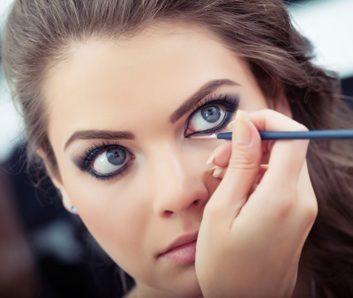Beauty how-to: Cat eyeliner
