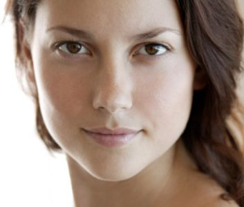 What to expect from a UV skin-scanning facial