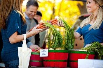 Farmers' Market local food