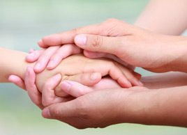 10 ways to help a friend who has cancer