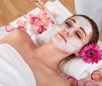 moisturizing facial mask