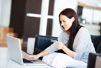 online shopping woman laptop