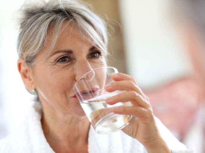 Skincare in Your 60s: How to Maintain Moisture and Restore Radiance