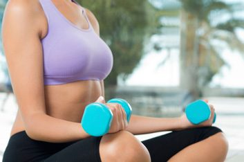 sports bra fitness weights