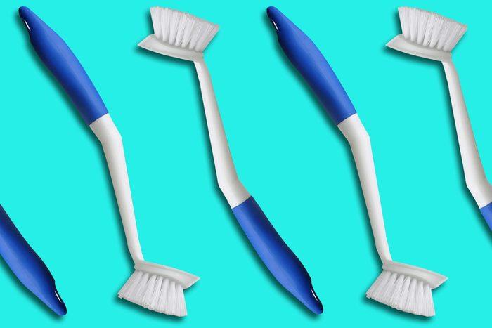 09-everyday-items-toilet-brush-handle