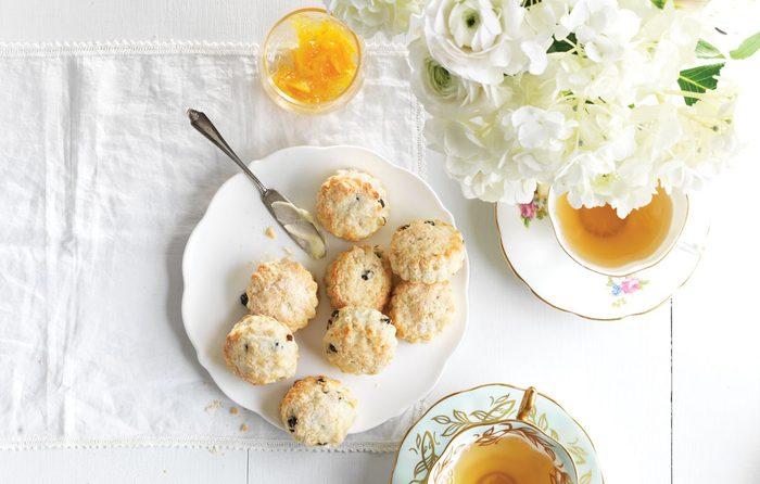 Lemon and Currant Scones | citrus recipes