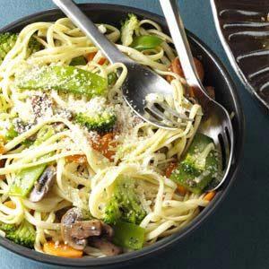 broccoli-veggie-pasta-primavera