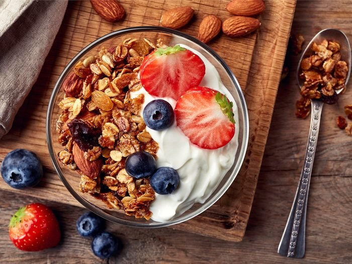 Yogurt with toppings is a good high-protein breakfast idea.