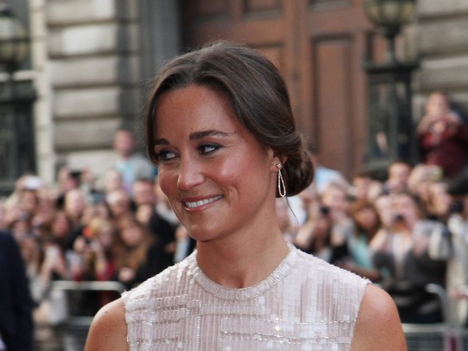 Pippa Middleton Diet, Pippa Middleton on a red carpet before her wedding