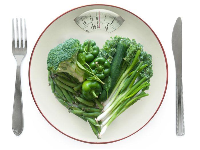 Crash dieting slows your metabolism