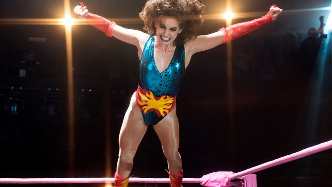 Alison Brie Fitness Glow, a clip from the show of her jumping from the ropes