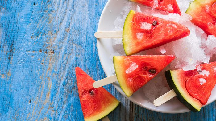 Khloe Kardashian diet, watermelon wedges on popsicle sticks