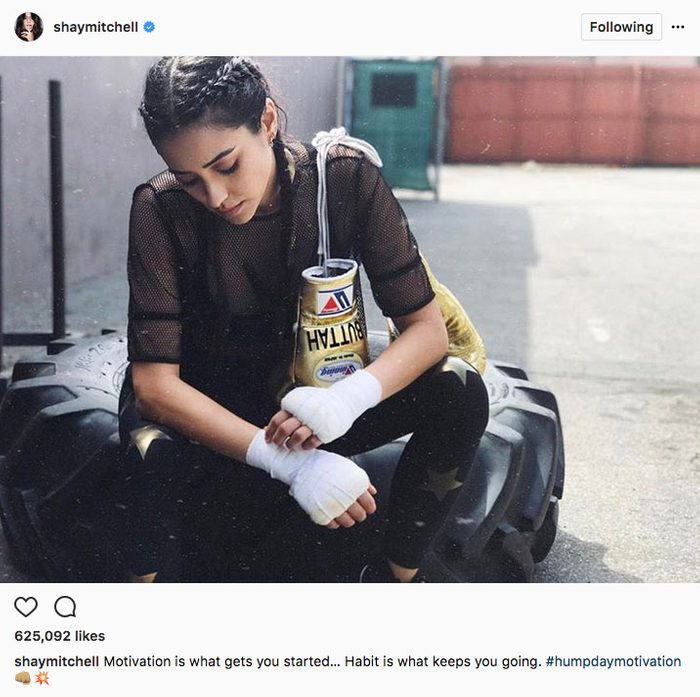 shay mitchell stay fit instagram, Shay Mitchell posing with boxing gloves