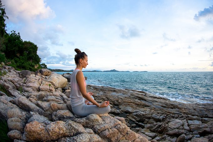 woman meditating_ meditation changes your brain