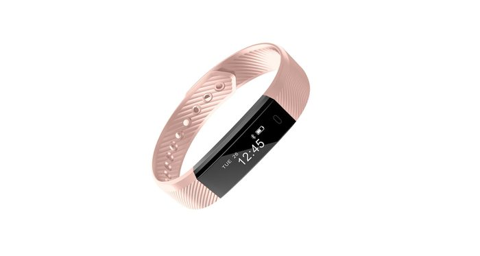 cyber monday deals at Amazon, Fitbit shown