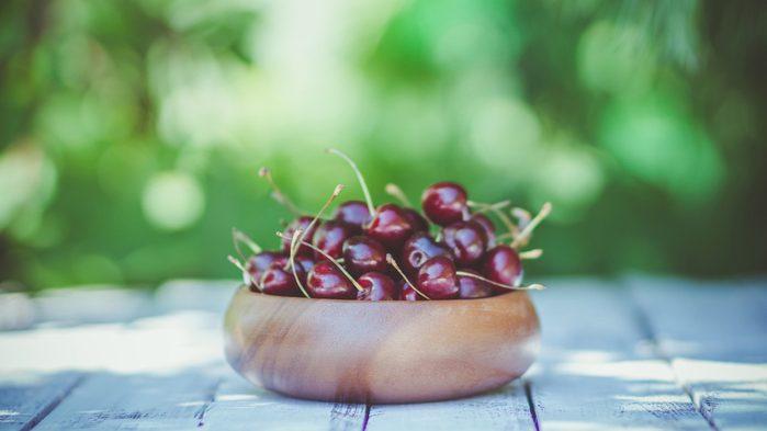 diet tips for sleeping better cherries