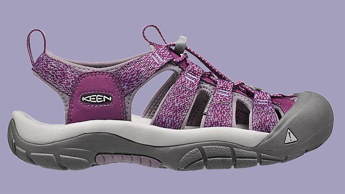 traveller gift ideas women's keen newport sandal