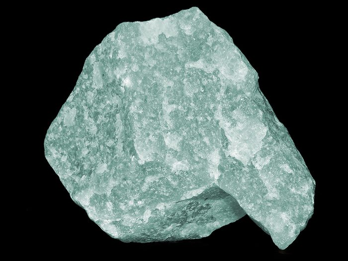 beginners guide to crystals green aventurine