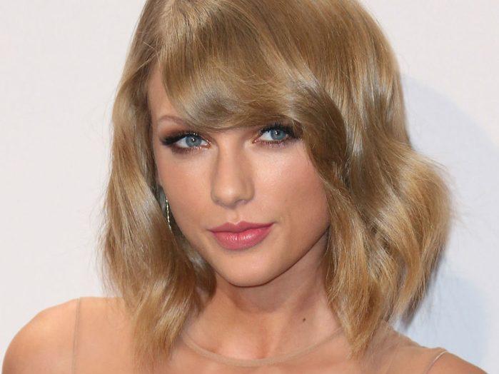 blonde celebrity inspo skintone taylor swift
