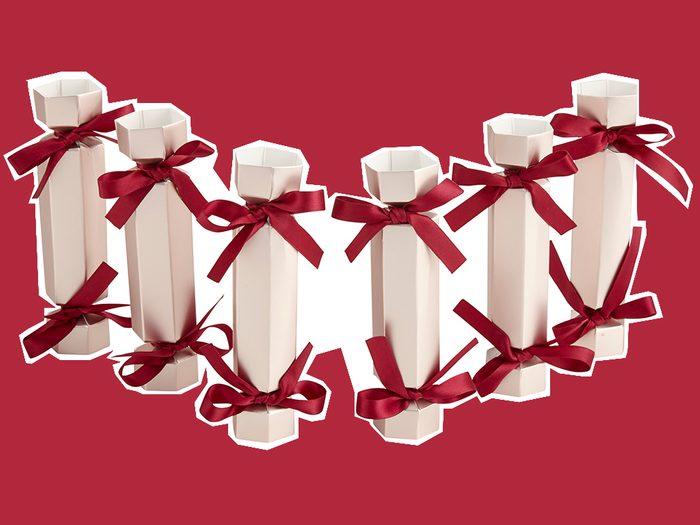 unique Christmas crackers, Quo Shoppers Drug Mart