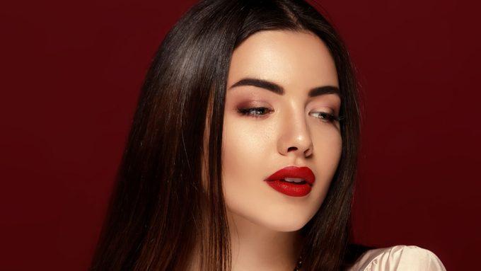 red eyeshadow, model wearing a red smokey eye