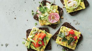 Upgrade Your Breakfast Sandwich With These Toasted Western Sheet Pan Eggs