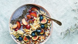 Start Your Day With a Protein-Packed, High-Fibre Apple & Walnut Muesli