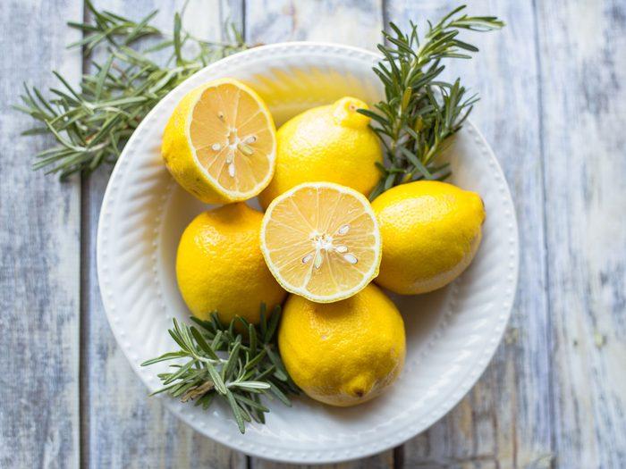 essential oil blend for energy, lemon