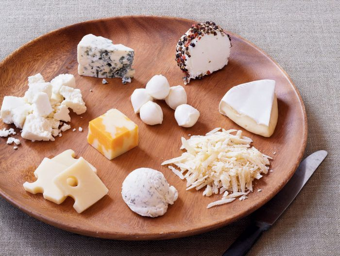100 calories of cheese