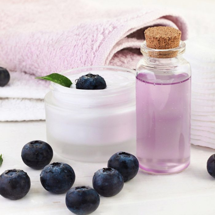 Berry extract cosmetic products.