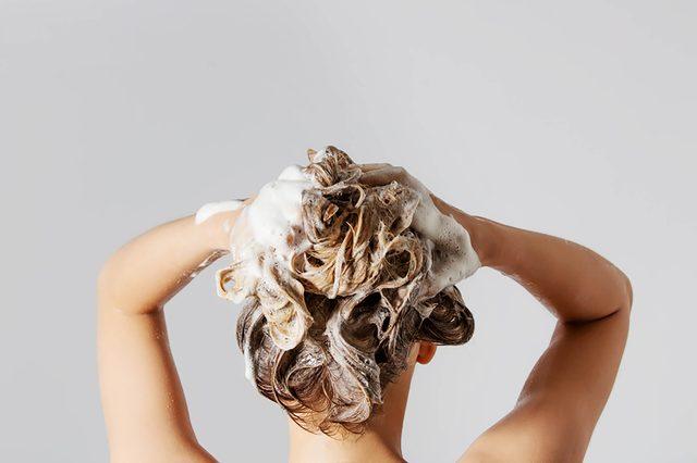 Woman-washing-hair