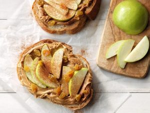 A Sweet and Tart Open-Faced Sandwich to Eat After a Sweat Sesh
