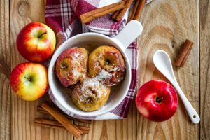 25 Unbelievably Delicious Apple Recipes to Make This Fall