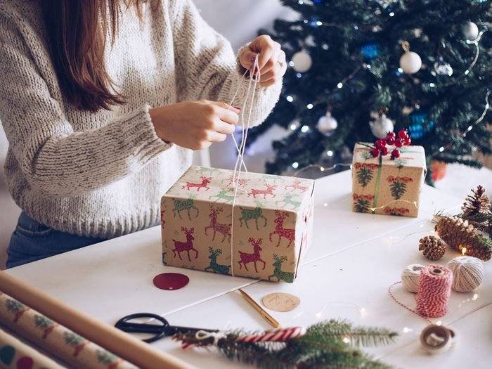 healthy during the holidays - gift wrapping
