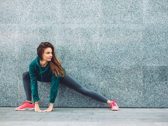 essential exercises - lunge
