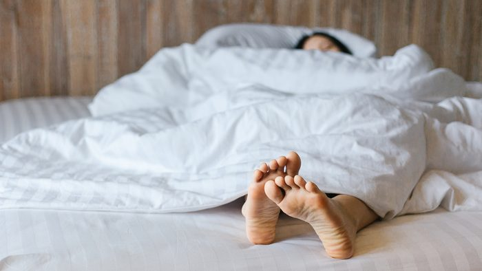 endometriosis symptoms   woman sleeping