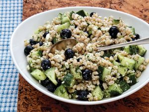 This High-Fibre Blueberry Salad Makes a Hearty Spring Side Dish