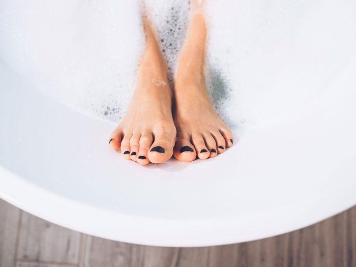 swollen feet | foot bath