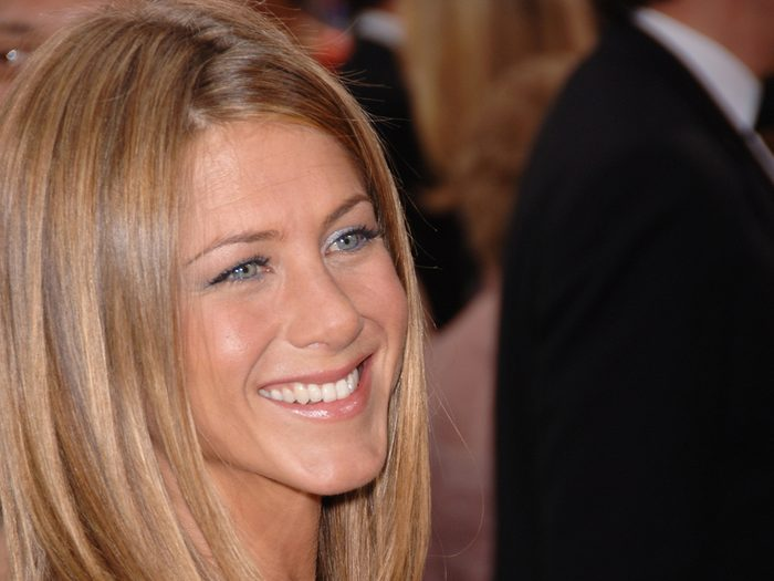 90s blowout | diy | Jennifer,aniston,at,the,78th,annual,academy,awards,at,the